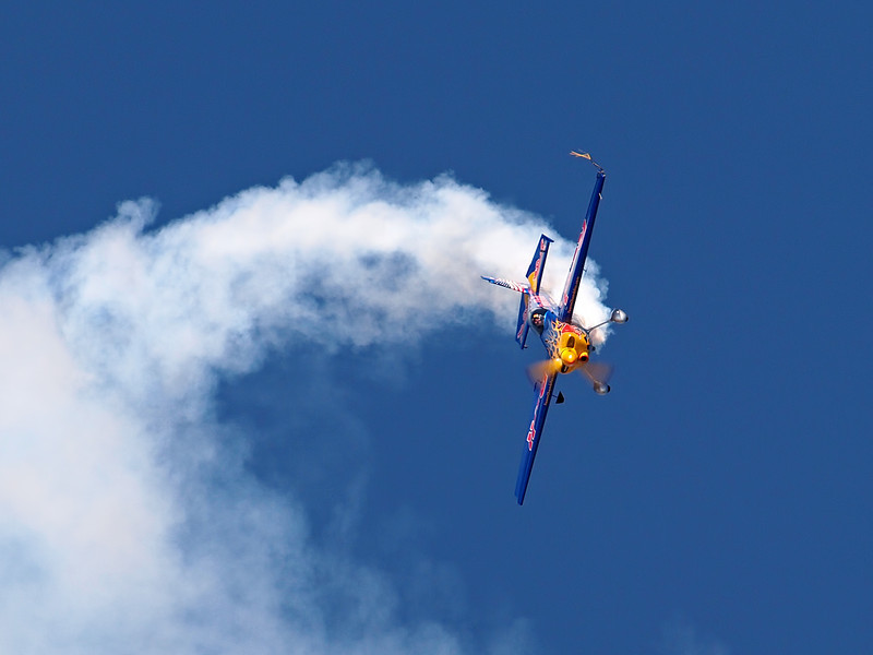 Kirby Chambliss's Extra 540 performs at AirVenture - 29 July 2011