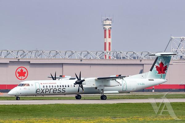 Air Canada Express Dash 8-400 (C-GJZA)-2