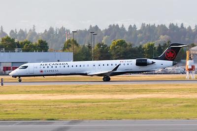 Air Canada Express CRJ-900 (C-GJZT)