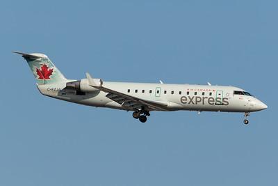 Air Canada Express CRJ-200 (C-FZJA)