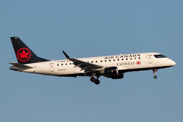 Air Canada Express EMB-175 (C-FRQW)