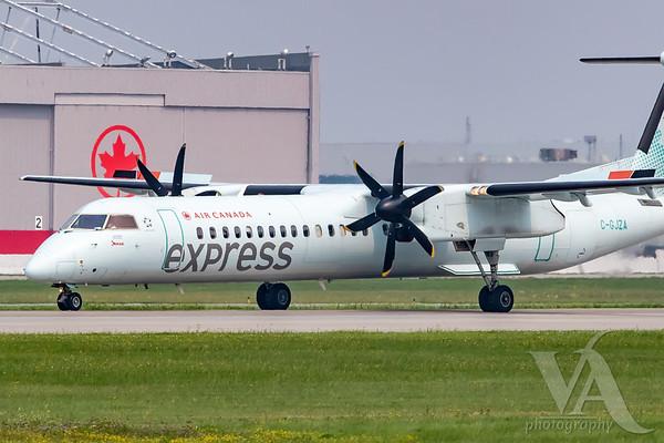 Air Canada Express Dash 8-400 (C-GJZA)