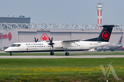 Air Canada Express Dash 8-400 (C-GYJZ)