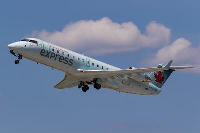 Air Canada Express CRJ-200 (C-GQJA)