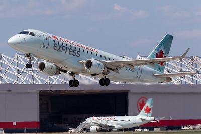 Air Canada Express EMB-175 (C-FXJF)