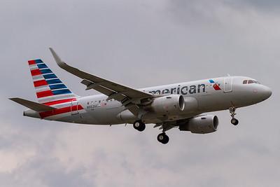 American Airlines A319-100 (N9026C)
