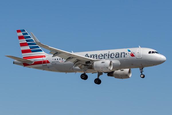 American Airlines A319-100 (N9008U)