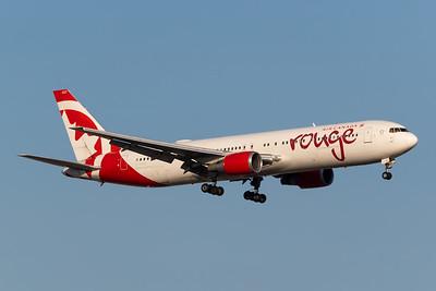 Air Canada Rouge B767-300 (C-GHLK)