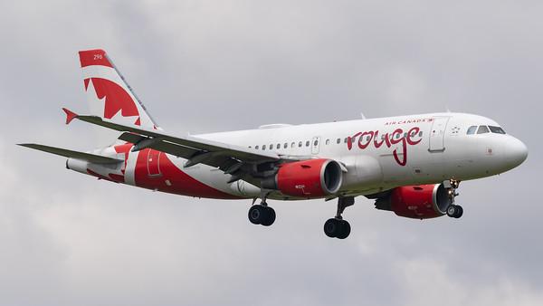 Air Canada Rouge A319-100 (C-GKOB)_1