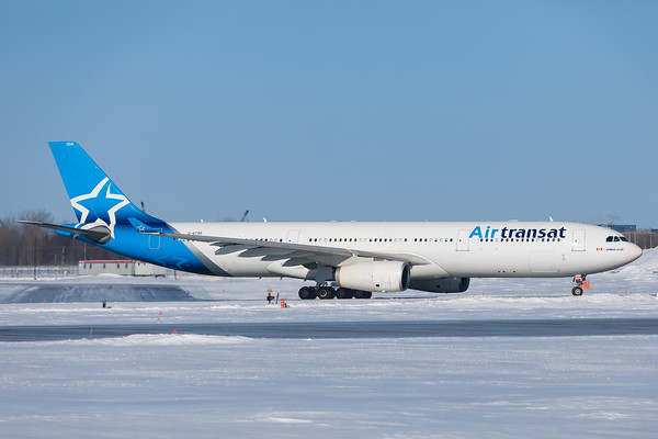 Air Transat A330-300 (C-GTSD)-2