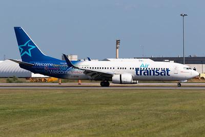 Air Transat B737-800 (C-GTQB)