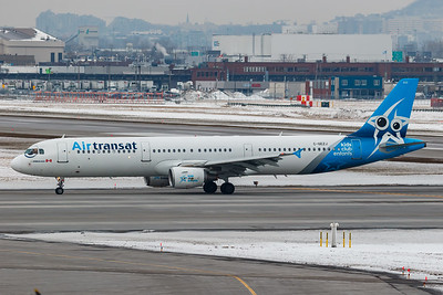 Air Transat A321-200 (C-GEZJ)-2