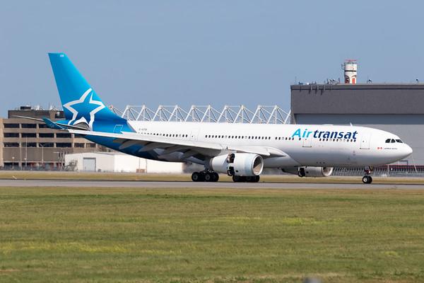Air Transat A330-200 (C-GTSI)