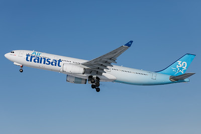 Air Transat A330-300 (C-GKTS)-4