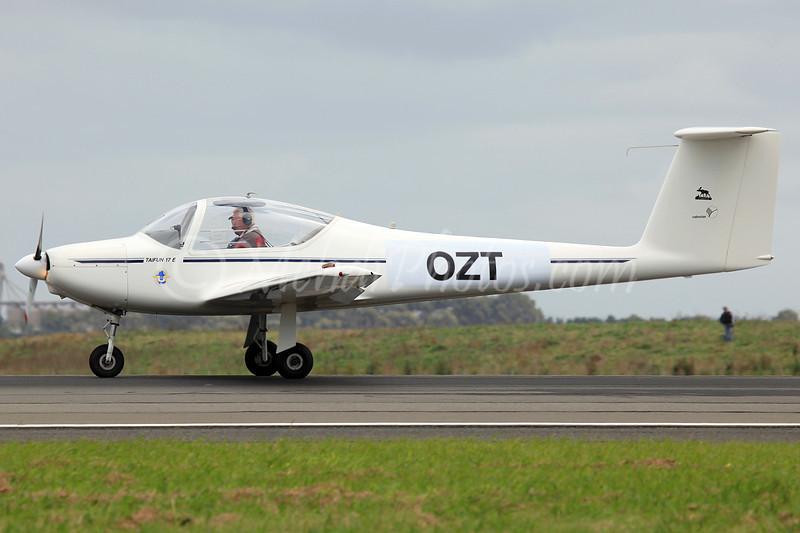 "OZT<br /> <a href=""http://www.flight.org/regos/aus/index.php?rego=OZT"">http://www.flight.org/regos/aus/index.php?rego=OZT</a>"