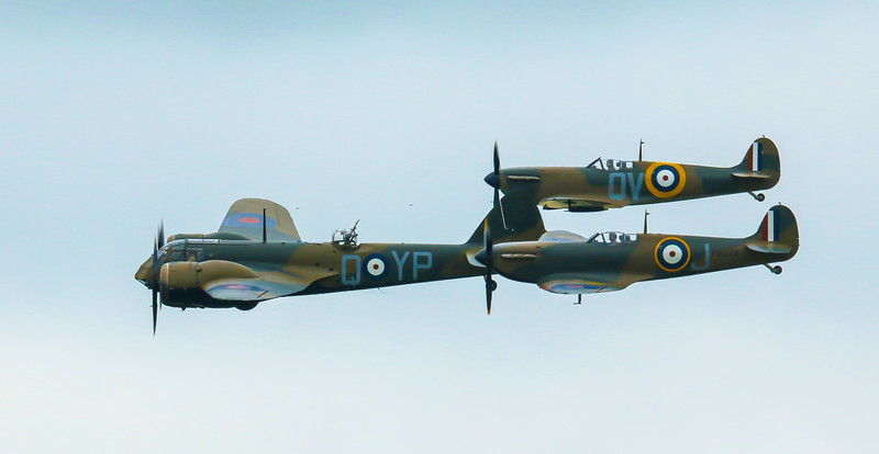 Bristol Blenheim and 2 Spitfire Mk1s in formation at Duxford Airshow (May 2015)