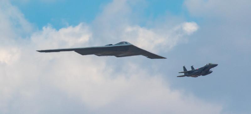 B2 Spirit & F15 Eagle Flypast - RIAT - RAF Fairford (July 2018)