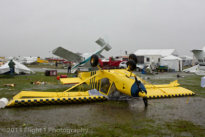 A STOL CH 750 (foreground) and a STOL CH 801 (background) in the storm aftermath.