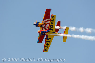 Mike Mancuso and Matt Chapman fly a great two-ship aerobatic act
