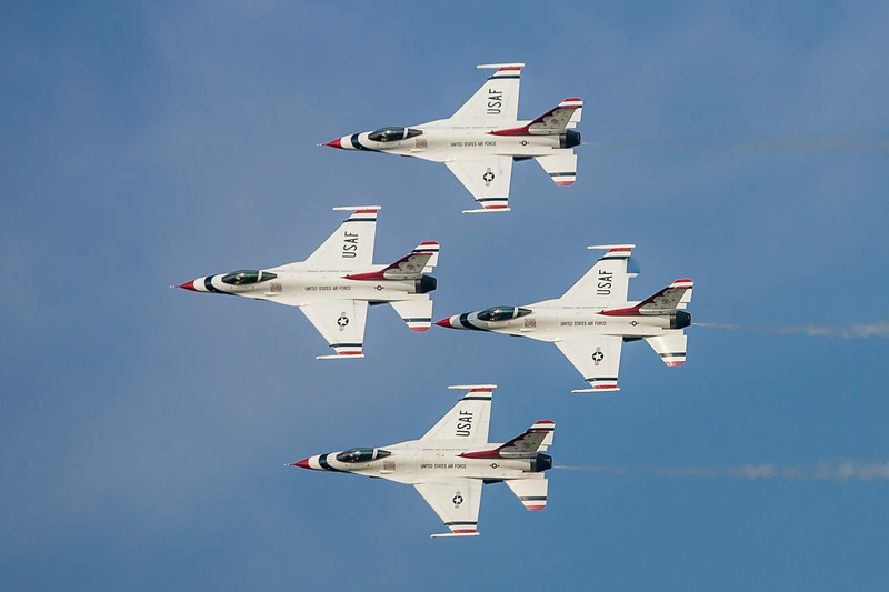 The Thunderbird's signature diamond formation.
