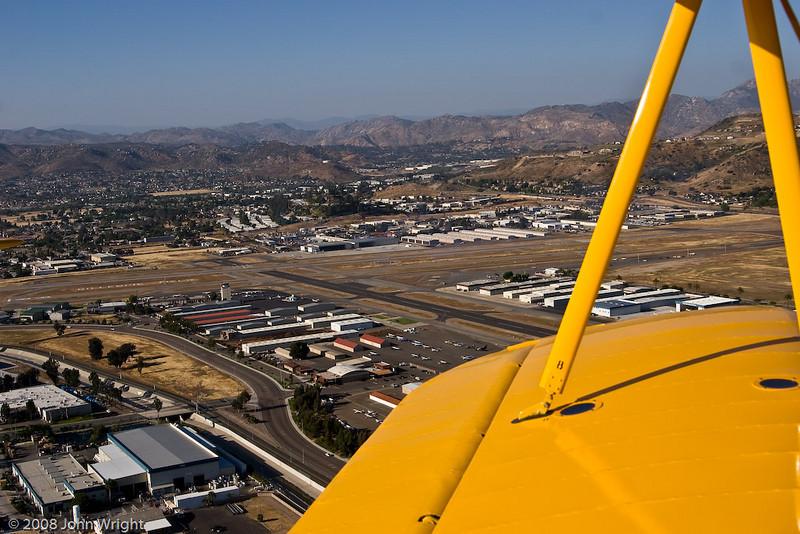 IMAGE: http://johnwright.smugmug.com/Aviation/Allen-Airways-Stearman-Fly/IMG512-1203-20D/291435302_QMSEK-XL.jpg