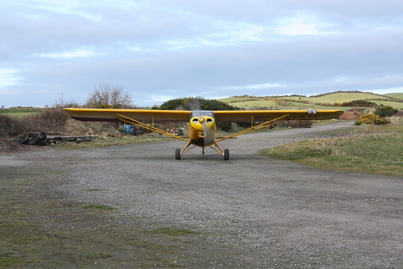 Taxying In with new tyres and disc brakes clearly visible