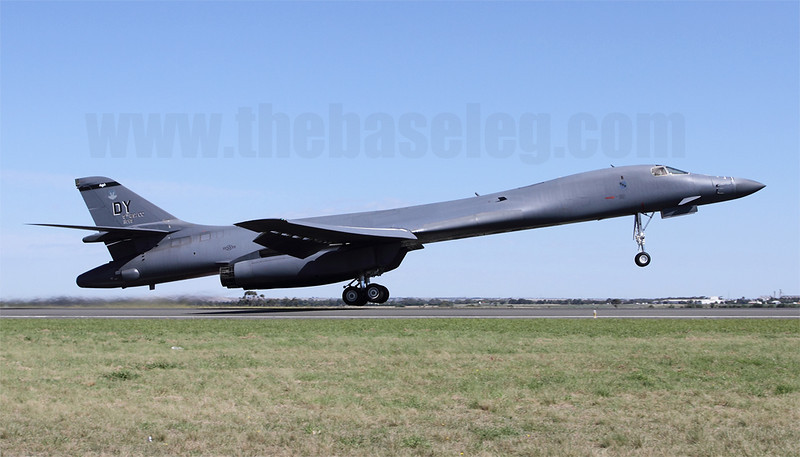 Bad to the bone, or just bad Bones? The pair of USAF B-1s at Avalon were plagued by mechanical issues throughout the show, and soon after this photo was taken, 86-0059 had to return after nose landing gear issues.