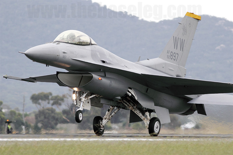 USAF F-16C of the 14th Fighter Sqn, 35th Fighter Wing, from Misawa AB, Japan, lands after a display on a grey day.