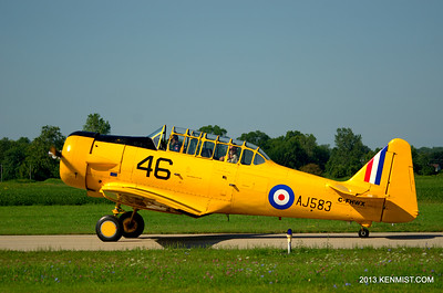 Harvard II from the Canadian Harvard Aircraft Association at Tillsonburg airport