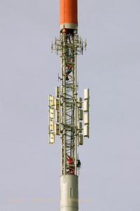 KPN_Broadcast-tower_GOES_20070222_CRW_7335_RT8_WVB_1200px