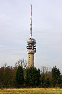 KPN_Broadcast-tower_GOES_20070222_CRW_7325_RT8_WVB_1200px