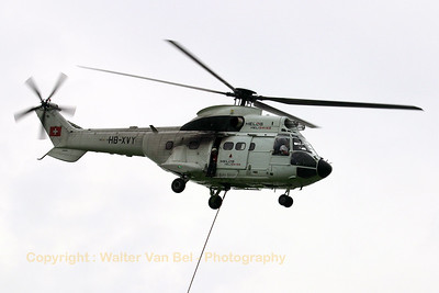 HELOG_AS-332C1-Super-Puma_HB-XVY_cn2033_LOPIK_20070802_CRW_9554_RT8_WVB_1200px