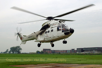 HELOG_AS-332C1-Super-Puma_HB-XVY_cn2033_LOPIK_20070802_CRW_9484_RT8_WVB_1200px