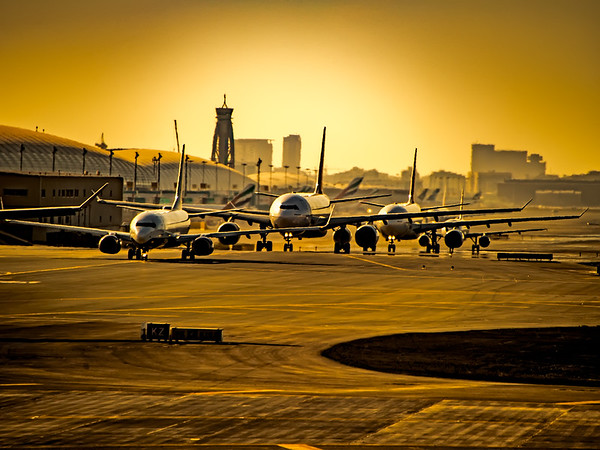 Aircraft taxiing for departure in Dubai, UAE.  Photo by: Stephen Hindley©