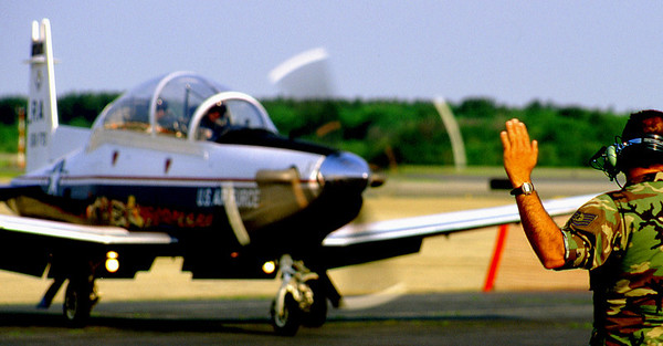 T-6A Texan II taxis in.