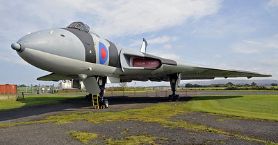 Avro Vulcan B2 XJ823, Solway Aviation Museum, Carlisle airport, 2012