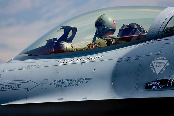 Captain Russ Piggott in his F-16.