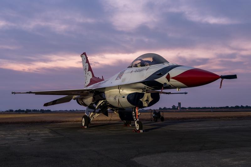 USAF Thunderbirds F-16C at Dawn