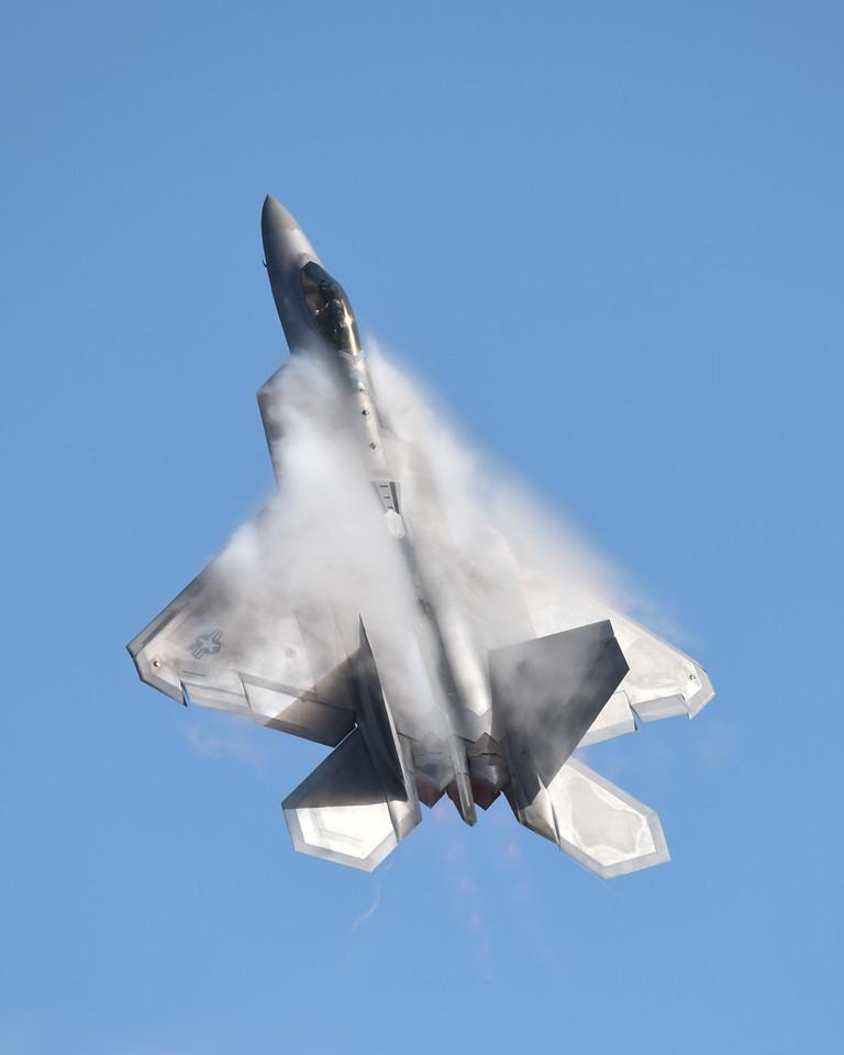 F-22 at California International Airshow Salinas