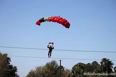Cessna 140 vs. Parachute