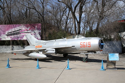 Shenyang J-6 / DF-102 Fighter (Chinese built version of Mig-19 'Farmer'), 5619, China Aviation Museum, Datangshan - 26/03/17.