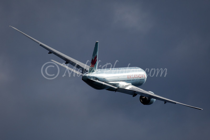 C-FIUA AC16 from VHHH missed approach RWY23 into wild clouds.