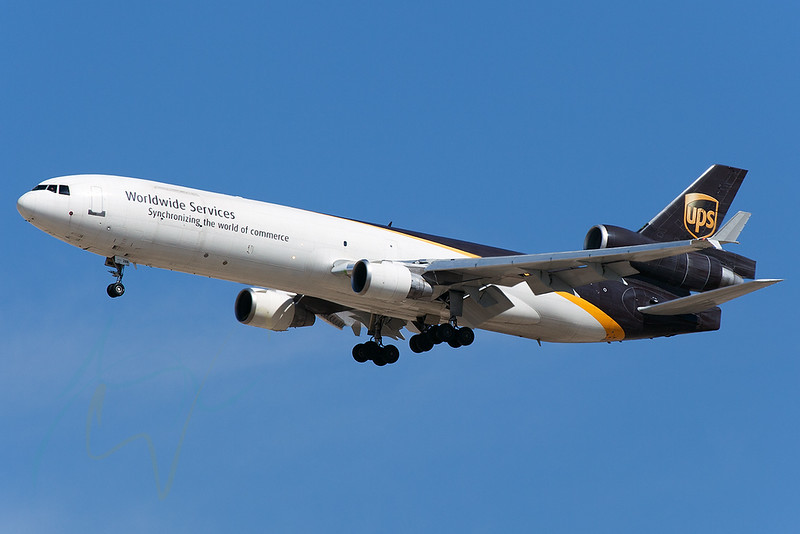 UPS4 (N288UP) is arriving from CGN [5DMkII + 100-400L].