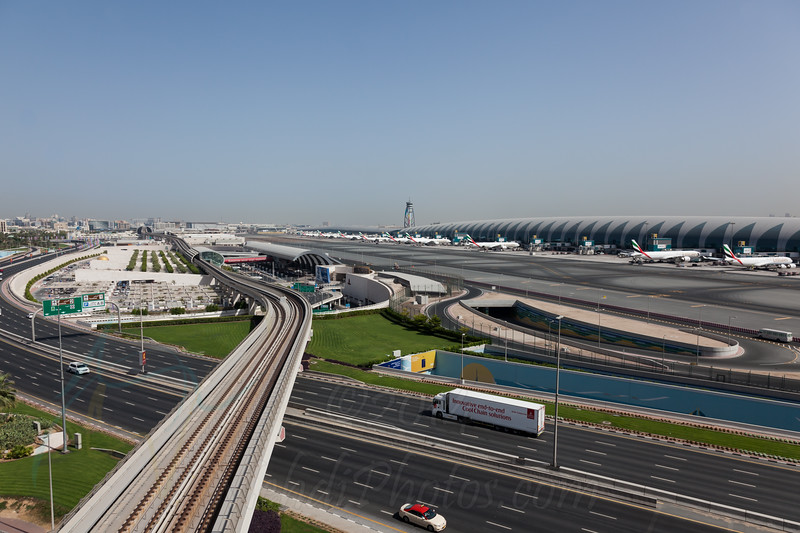 Dubai International Airport (DXB/OMDB) Overview