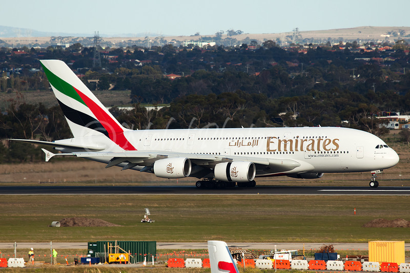 EK406 (A6-EEH) landing on RWY 34 after medical diversion to Perth.