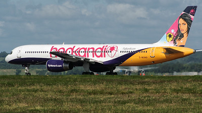 Monarch 757 2008 Hed Kandi scheme