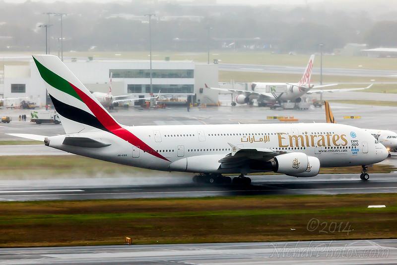EK412 A6-EEK SYD-AKL A380