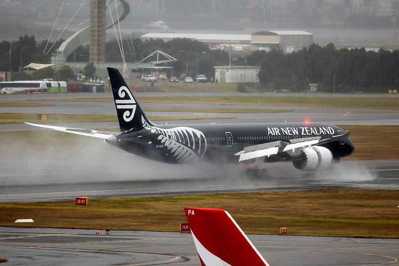 Air New Zealand Boeing 787-9 Dreamliner ZK-NZE