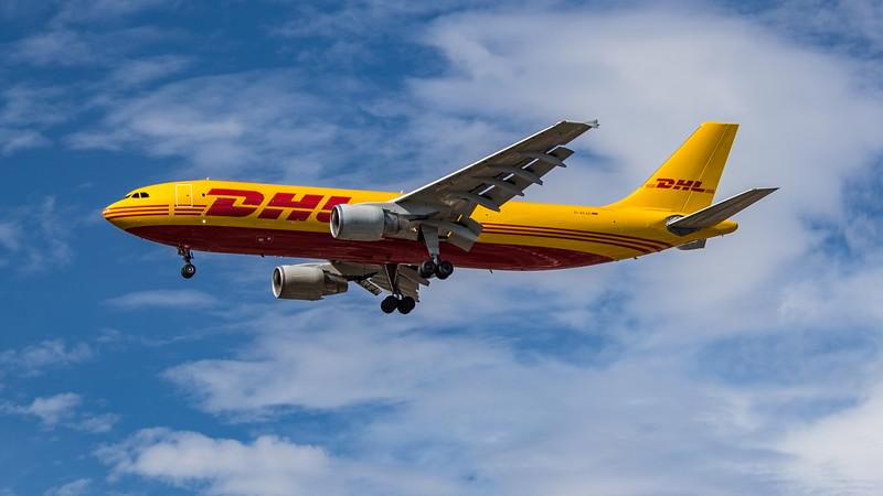 DHL - Airbus A300B4-622R(F) (D-AEAR) - Heathrow Airport (July 2020)