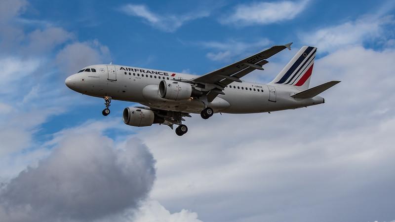 Air France - Airbus A319-111 (F-GRXE) - Heathrow Airport (August 2020)